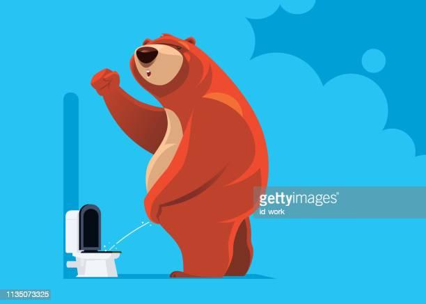 ilustraciones, imágenes clip art, dibujos animados e iconos de stock de oso alegre orinando - orina
