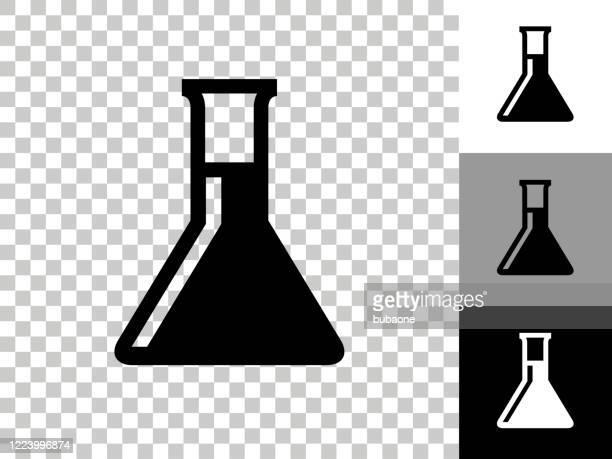 ilustraciones, imágenes clip art, dibujos animados e iconos de stock de icono de frasco de química en el fondo transparente de tablero de ajedrez - frasco cónico