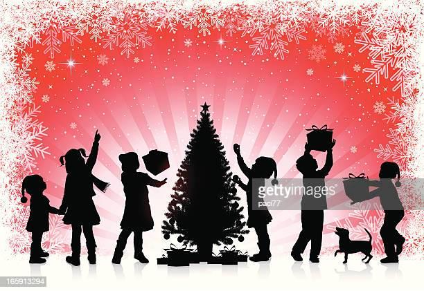 Kinder erhalten Sie Geschenke für Weihnachten