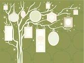 Christmas Family Tree (Green)