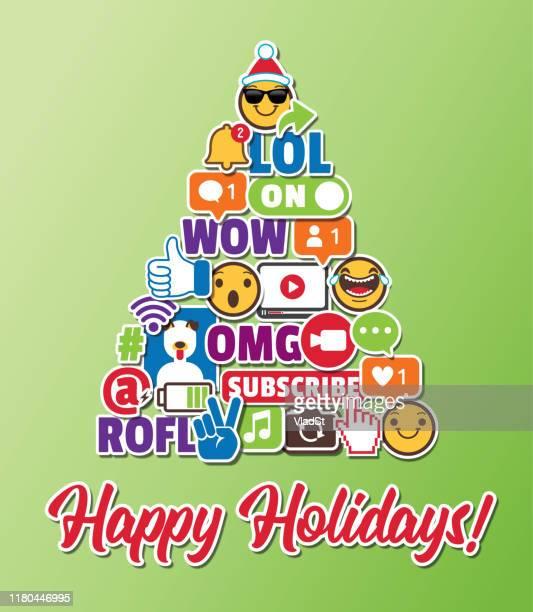 illustrations, cliparts, dessins animés et icônes de carte de vœux de vacances d'arbre de noel avec les icônes de chat en ligne d'internet d'internet de médias sociaux - génération du millénaire