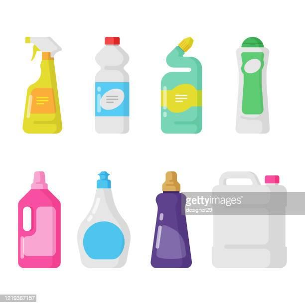 reinigungs- und hygieneprodukte icon set. kunststoff-flaschen flaches design. - hergestellter gegenstand stock-grafiken, -clipart, -cartoons und -symbole