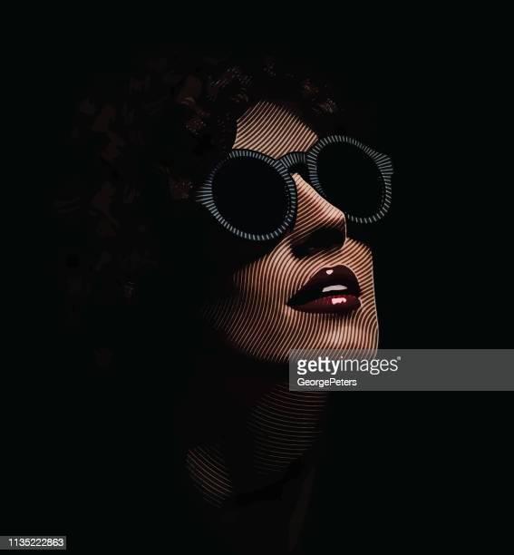 nahles porträt des glamourösen frauengesichts - attraktive frau stock-grafiken, -clipart, -cartoons und -symbole
