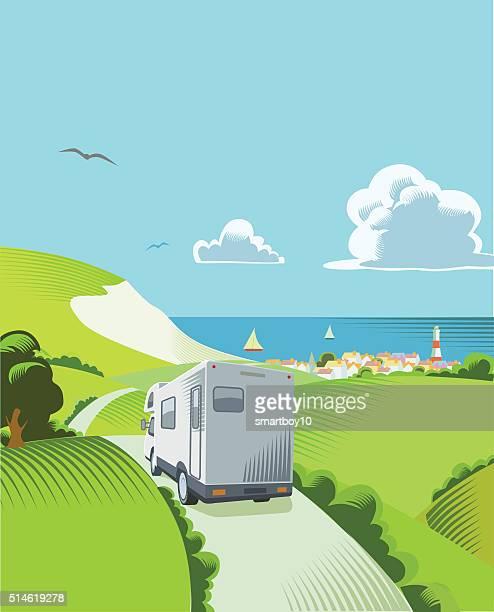 illustrations, cliparts, dessins animés et icônes de campagne du littoral de la scène - camping car