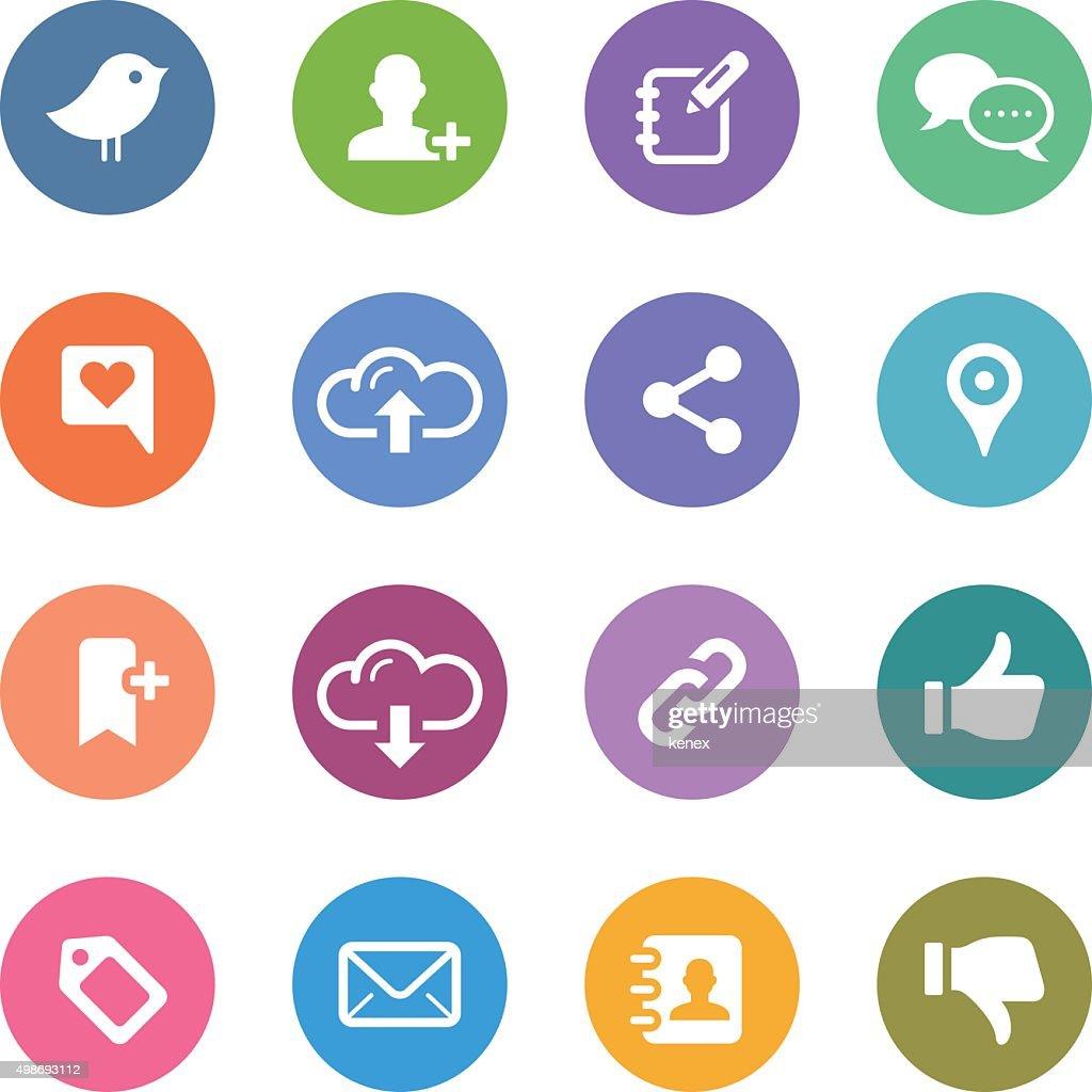 Círculo de Color de los iconos de redes sociales / : Ilustración de stock