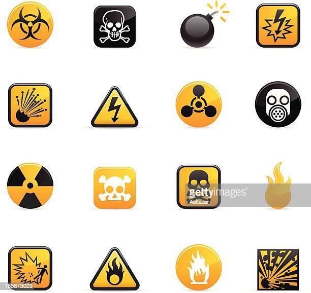 ilustraciones, imágenes clip art, dibujos animados e iconos de stock de color de los iconos de peligro - arma biológica