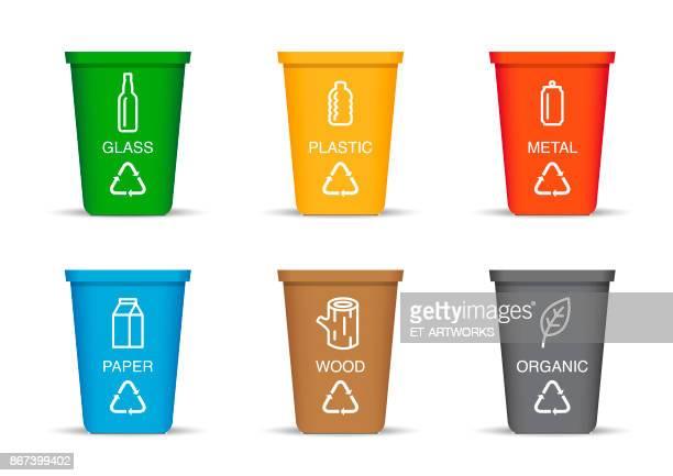ilustraciones, imágenes clip art, dibujos animados e iconos de stock de papelera de reciclaje color - marrom