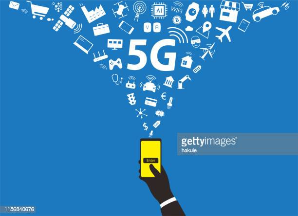 illustrazioni stock, clip art, cartoni animati e icone di tendenza di 5g concept in the future, vector illustration - 5g
