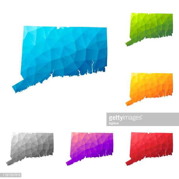 低ポリスタイルのコネチカットマップ - カラフルな多角形幾何学的デザイン - コネチカット州ハートフォード点のイラスト素材/クリップアート素材/マンガ素材/アイコン素材