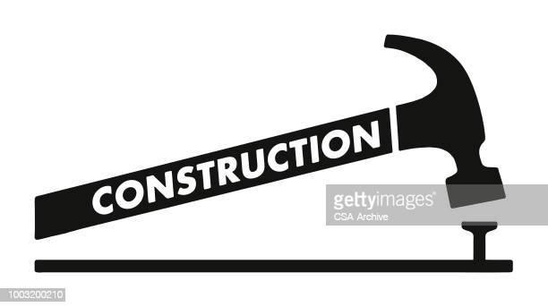 ilustrações, clipart, desenhos animados e ícones de prego e um martelo de construção - prego