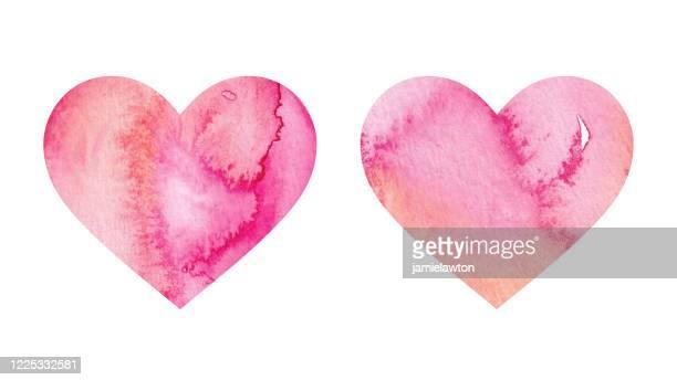 illustrazioni stock, clip art, cartoni animati e icone di tendenza di colore corallo acquerello dipinto cuore forme - rosa pallido