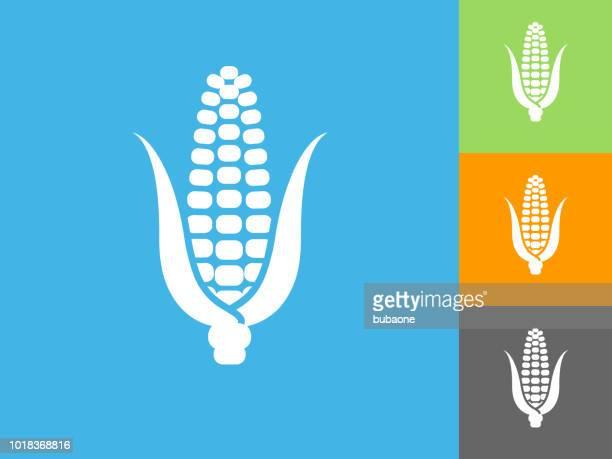 ilustraciones, imágenes clip art, dibujos animados e iconos de stock de maíz mazorca icono plano sobre fondo azul - mazorca de maíz