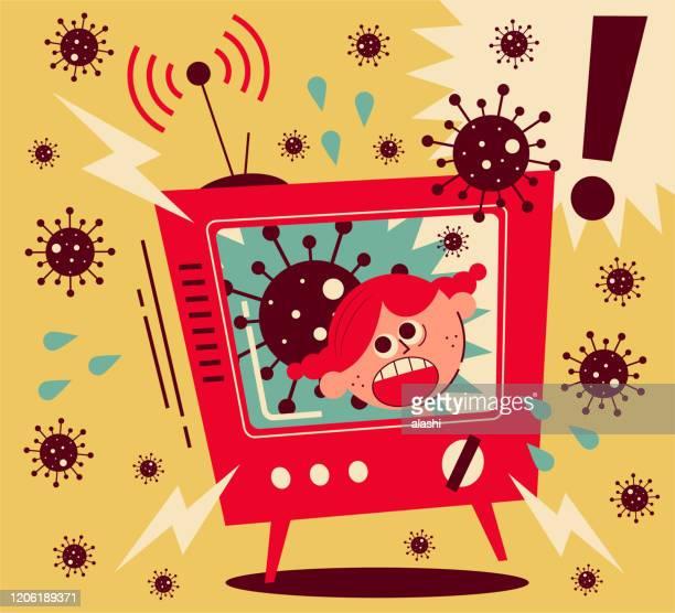 ilustraciones, imágenes clip art, dibujos animados e iconos de stock de coronavirus noticias despierta mucho miedo, chica gritando en la televisión - cuarentena