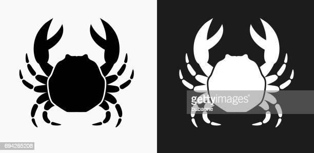illustrations, cliparts, dessins animés et icônes de icône de crabe sur noir et blanc vector backgrounds - crabe