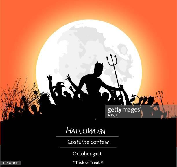 ilustraciones, imágenes clip art, dibujos animados e iconos de stock de cartel de la fiesta loca para halloween - disfraz de diablo