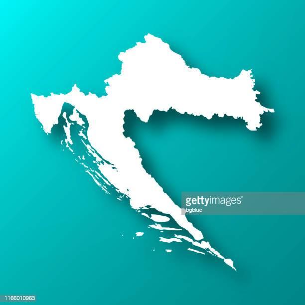 kroatien karte auf blau-grünen hintergrund mit schatten - kroatien stock-grafiken, -clipart, -cartoons und -symbole