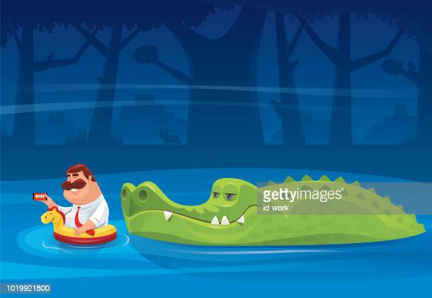 illustrations, cliparts, dessins animés et icônes de crocodile regardant le gros homme avec smartphone - crocodile