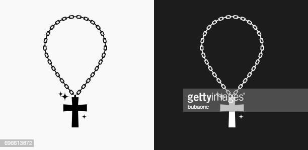 illustrazioni stock, clip art, cartoni animati e icone di tendenza di icona catena incrociata su sfondi vettoriali in bianco e nero - collana