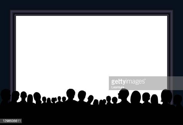 crowd silhouette (alle menschen sind vollständig und beweglich - ein clipping pfad versteckt beine) - publikum stock-grafiken, -clipart, -cartoons und -symbole