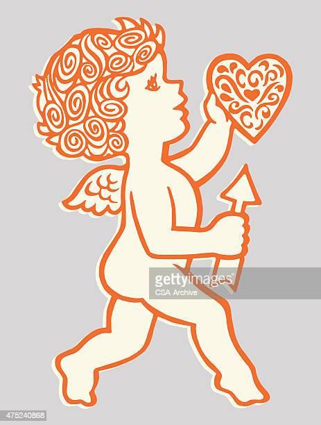Cupido sosteniendo corazón y flecha