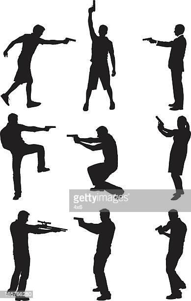Dangerous personnes avec des armes à feu