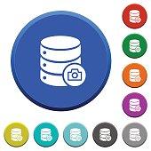 Database snapshot beveled buttons