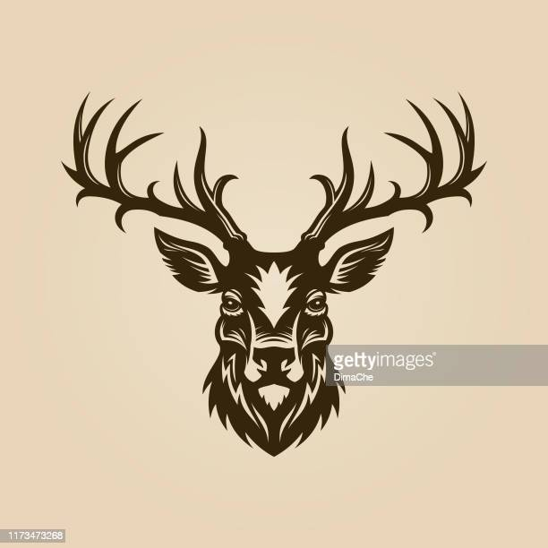 illustrazioni stock, clip art, cartoni animati e icone di tendenza di deer head cut out silhouette. horned elk or stag icon. - femmina di daino