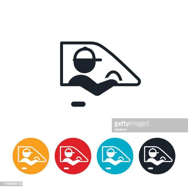 illustrations, cliparts, dessins animés et icônes de icône de conduite de conducteur de livraison - chauffeur routier