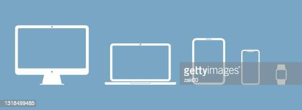 geräte-symbole satz von smartphone, tablet, laptop und smartwatch - responsives webdesign stock-grafiken, -clipart, -cartoons und -symbole