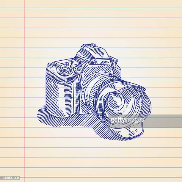 ilustraciones, imágenes clip art, dibujos animados e iconos de stock de digital slr cámara de dibujo forrado de papel - camara reflex