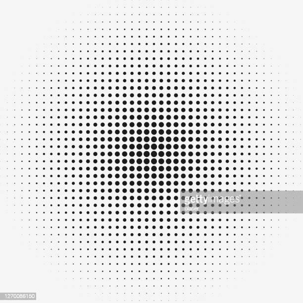 illustrazioni stock, clip art, cartoni animati e icone di tendenza di punti nella serie della griglia matrice con sfumatura di dimensione radiale. modello di righe e colonne. - chiazzato