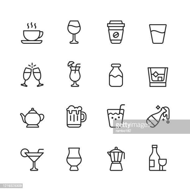 ilustrações, clipart, desenhos animados e ícones de ícones da linha de bebidas e álcool. curso editável. pixel perfeito. para mobile e web. contém ícones como café, vinho, xícara de café, água, champanhe, leite, uísque, bule, cerveja, suco, garrafa de champanhe, margarita, álcool, bebida. - tequila drink