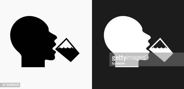 ilustrações, clipart, desenhos animados e ícones de ícone de água potável em preto e branco vector backgrounds - bebida