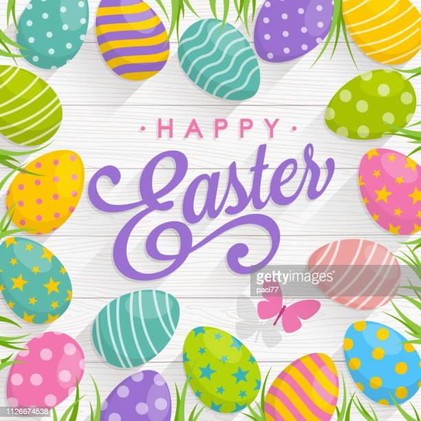 ilustrações de stock, clip art, desenhos animados e ícones de easter eggs on wood background with text happy easter - pascoa