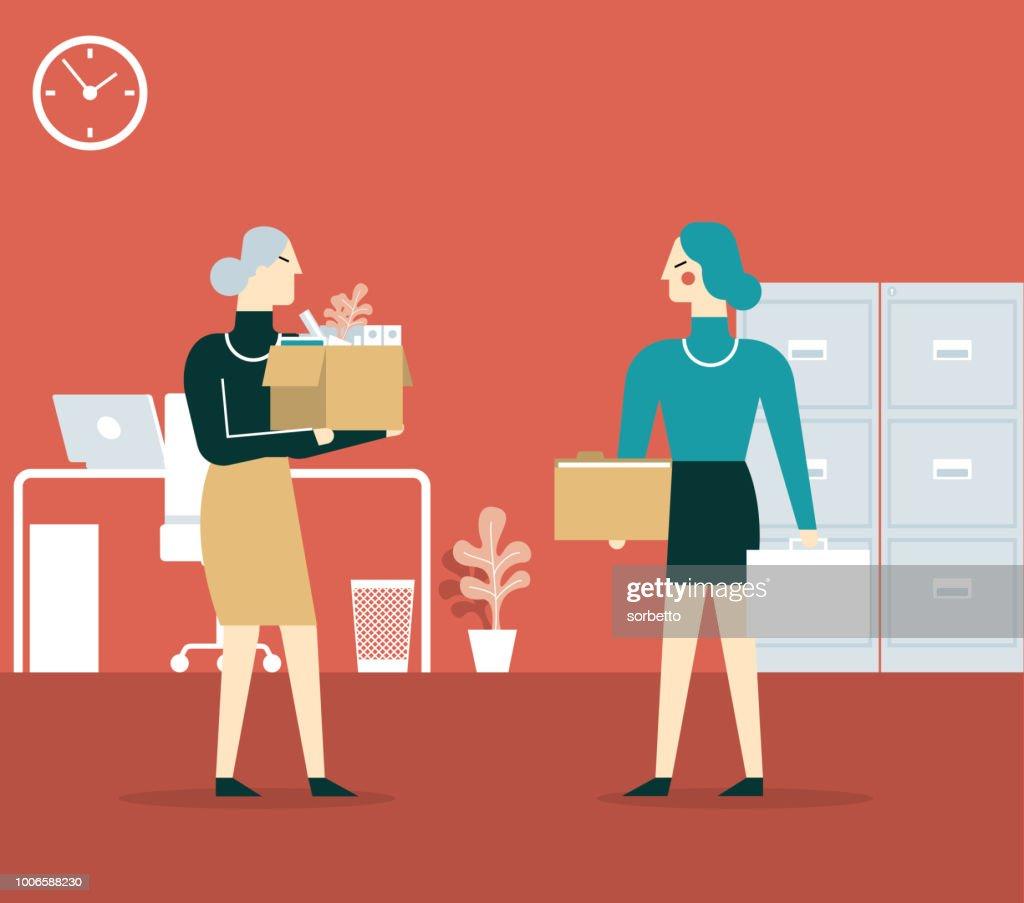 Elderly employee leaving office - Businesswoman