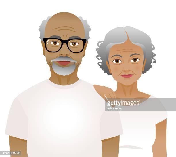 白いtシャツを着た高齢の男女 - 年配のカップル点のイラスト素材/クリップアート素材/マンガ素材/アイコン素材