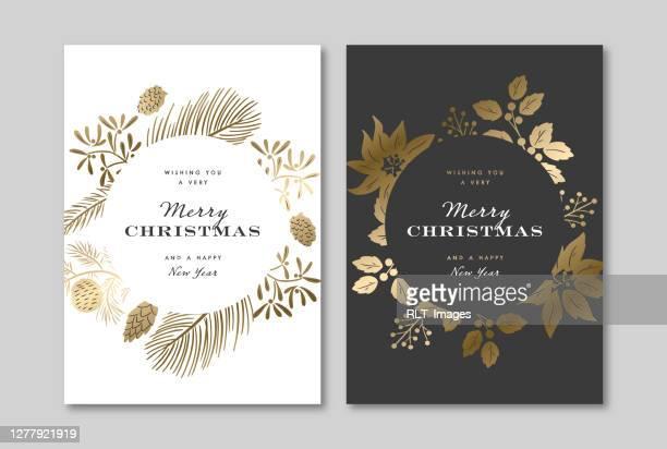 ilustraciones, imágenes clip art, dibujos animados e iconos de stock de elegante plantilla de diseño de tarjeta de felicitación navideña con gráficos botánicos de invierno de oro metálico - flor de pascua