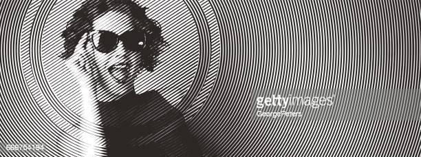Portret van een energieke jonge vrouw lachen gravure