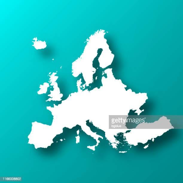 europakarte auf blau-grünem hintergrund mit schatten - europe stock-grafiken, -clipart, -cartoons und -symbole