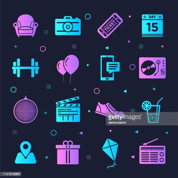 ilustraciones, imágenes clip art, dibujos animados e iconos de stock de entradas de eventos & vida nocturna estilo de neón vector conjunto - entrada de cine