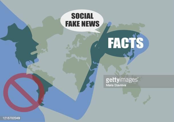 ilustrações, clipart, desenhos animados e ícones de fatos e fake news. as mídias sociais estão tomando medidas contra a disseminação de desinformação online. - fake news