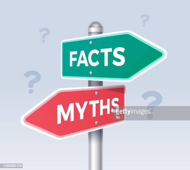 ilustraciones, imágenes clip art, dibujos animados e iconos de stock de signo de dirección de opción de la flecha de hechos y mitos - falso