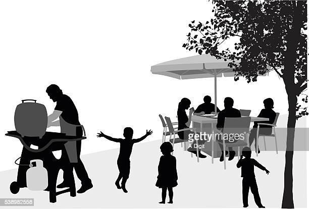 ilustrações, clipart, desenhos animados e ícones de família de churrasco - mesa mobília