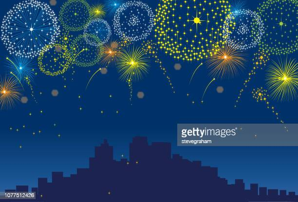 ilustrações de stock, clip art, desenhos animados e ícones de fireworks over a city at night with dark sky background - fogosdeartificio