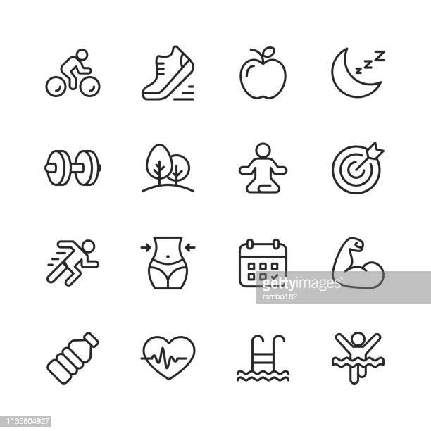 stockillustraties, clipart, cartoons en iconen met fitness en workout lijn iconen. bewerkbare lijn. pixel perfect. voor mobiel en web. bevat iconen zoals hardlopen, zwemmen, trainen, gym, dieet. - welzijn