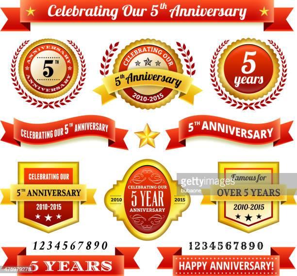 Cinco Ano de Aniversário royalty free vector fundo com golden Emblemas