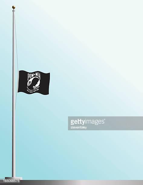 Bandiera di POW-MIA a metà del personale