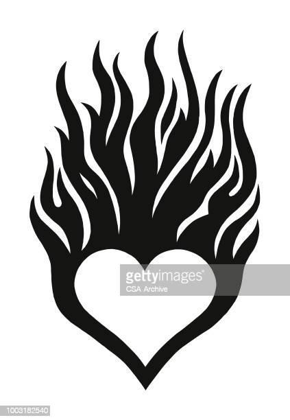 flaming herz - flamme stock-grafiken, -clipart, -cartoons und -symbole