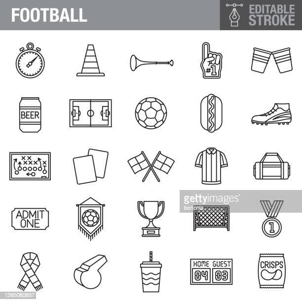 ilustraciones, imágenes clip art, dibujos animados e iconos de stock de conjunto de iconos de trazo editables de fútbol (fútbol) - árbitro deportes