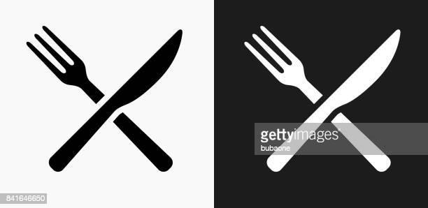 ilustraciones, imágenes clip art, dibujos animados e iconos de stock de tenedor y el cuchillo icono en blanco y negro vector fondos - tenedor
